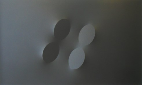 Quattro ovali neri, acrilico su tela, 120x200 cm., 1993