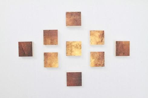 Triumph, foglia d'oro, resina, gesso, acrilico ed olio su Polistirolo, 86x56cm, 2014