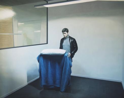 Emanuele Giuffrida, Selfportrait with a bed, 2015, olio su tela cm 180x230