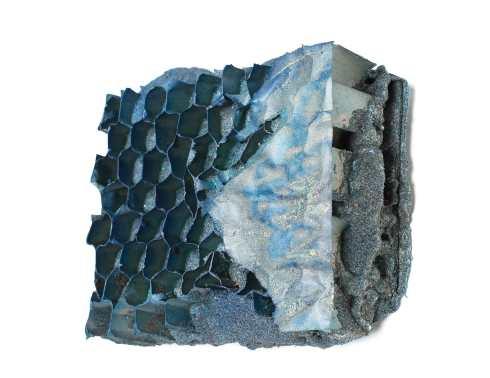manuel-grosso-charta-2016-strappo-schiume-poliuretaniche-sabbia-cartone-acrilicici-tavola-16x19x4-cm